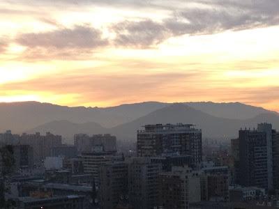 Puro Chile con su cielo azulado...