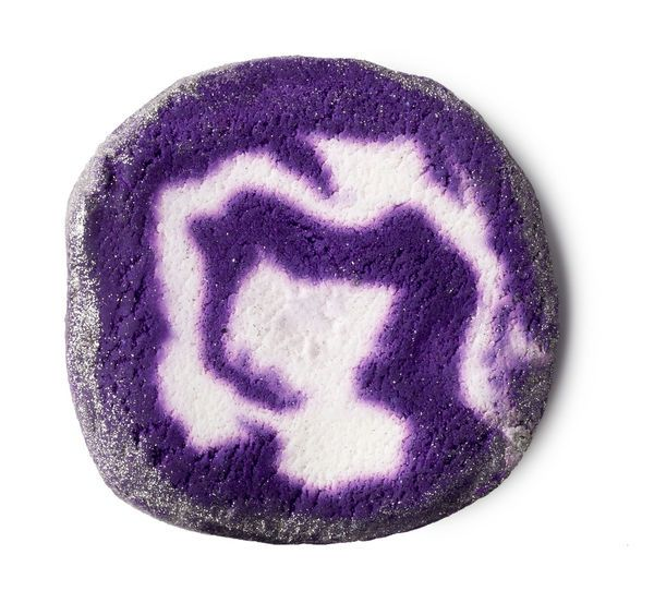 Bar Humbug Bubble Bar: Indulge your inner Scrooge with this licorice-scented bar.