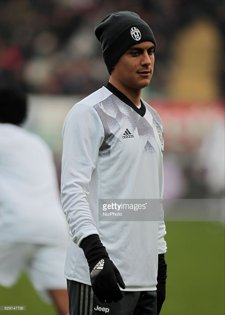Paulo Dybala during Serie A match between Torino v Juventus, in Turin, on December 11, 2016 (Photo by Loris Roselli/NurPhoto via Getty Images).