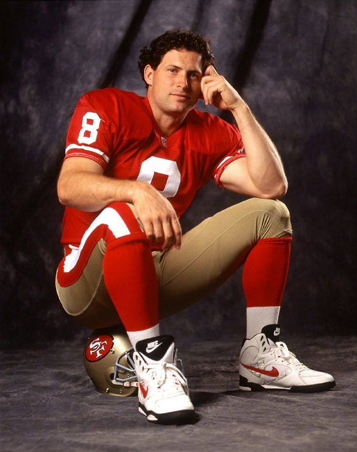 49ers Quarterback Steve Young