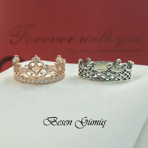 Kral Kraliçe Tacı Gümüş Alyans Fiyat : 114,00 TL 2 Adet Alyans Fiyatıdır.. SİPARİŞ için www.besengumus.com www.besensilver.com  İLETİŞİM için Whatsapp 0 544 6418977 Mağaza 0 262 3310170  Maden : 925 Ayar Gümüş Taş : Taşsız - Zirkon Taşlı Kaplama : Oksit - Rose  Besen Gümüş  #besen #gümüş #takı #aksesuar #kral #kraliçe #tacı #alyans #izmit #kocaeli #istanbul #besengumus #tasarım #moda #bayan #erkek