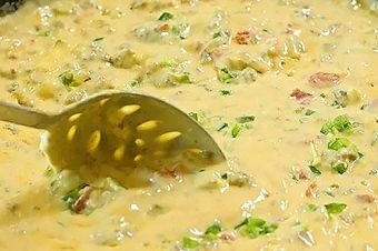Matt's El Rancho Mexican, Tacos 2613 S Lamar Blvd, Austin, 78745 https://munchado.com/restaurants/matt's-el-rancho/52418?sst=a&fb=m&vt=s&svt=l&in=Austin%2C%20TX%2C%20USA&at=c&lat=30.267153&lng=-97.7430608&p=0&srb=r&srt=d&q=good%20for%20kids&dt=fe&ovt=restaurant&d=0&st=d