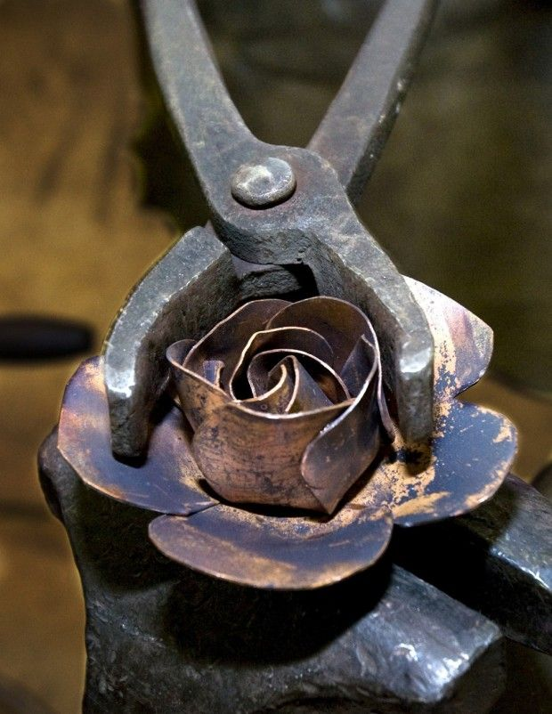 There's no messing around when it comes to metal working (35 Photos)