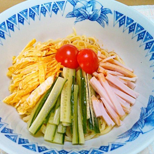 シンプルイズベスト…ってことで(笑) - 21件のもぐもぐ - 休日の昼ご飯の冷やし中華 by etsujiro