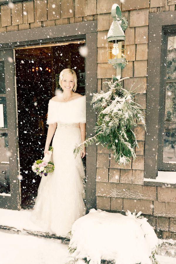 Winter wedding day - you need some fur to keep you warm!