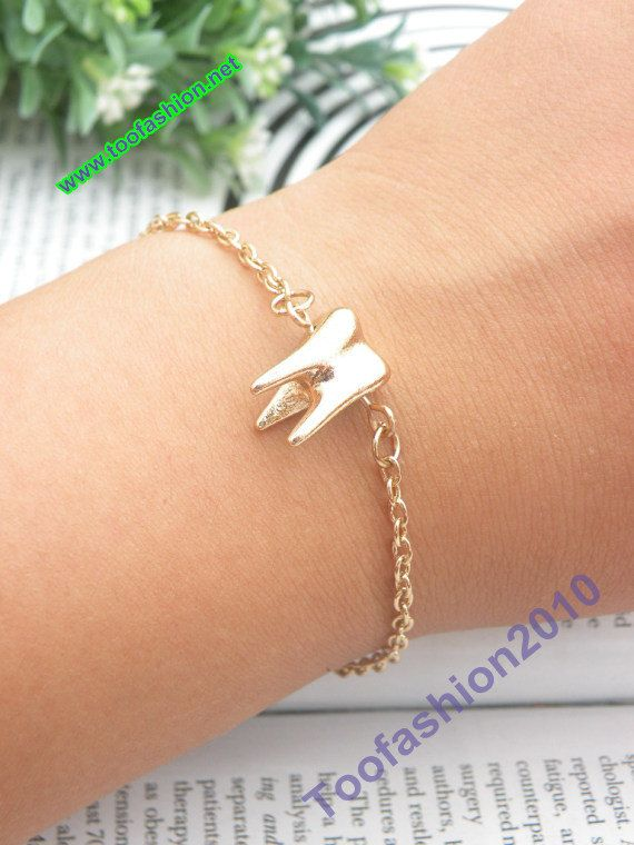 Pretty retro gold 3D tooth hand chain bracelet pendant jewelry punk style