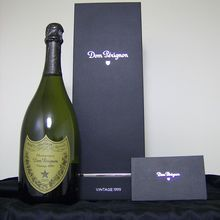 http://www.enotecaalessi.it/en/articoli/champagne-florence-french-gold-italian-passion  CHAMPAGNE IN FLORENCE: FRENCH GOLD, ITALIAN PASSION
