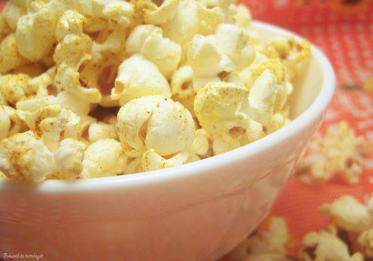 Fűszeres pattogatott kukorica http://kanaleslapat.cafeblog.hu/2014/01/13/fuszeres-pattogatott-kukorica/