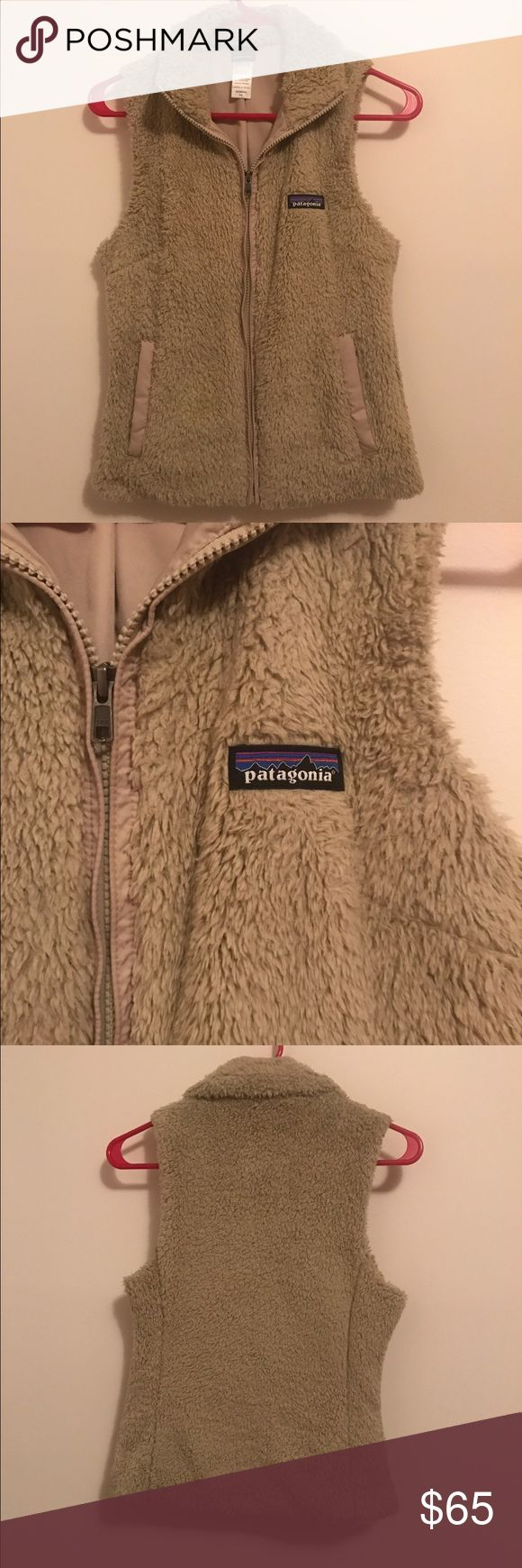 Patagonia Los Gatos Vest XS Gently worn Los Gatos Vest in XS. Worn a few times. I little too short for my liking. Matches literally everything. Patagonia Jackets & Coats Vests