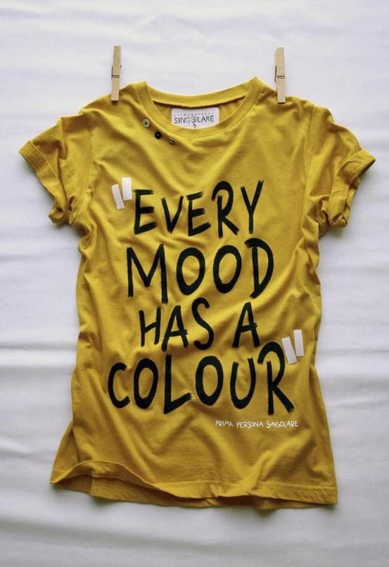 *** GIALLO ***  Caratteristiche: E' un colore spesso associato al cibo, aumenta la capacità di concentrazione e la creazione di serotonina (regola il buonumore), anche se rischia di non essere ben visibile se utilizzato nel modo sbagliato.  Cosa trasmette: Creatività, calore, felicità, allegria, ottimismo, speranza, curiosità, divertimento, energia, comfort.