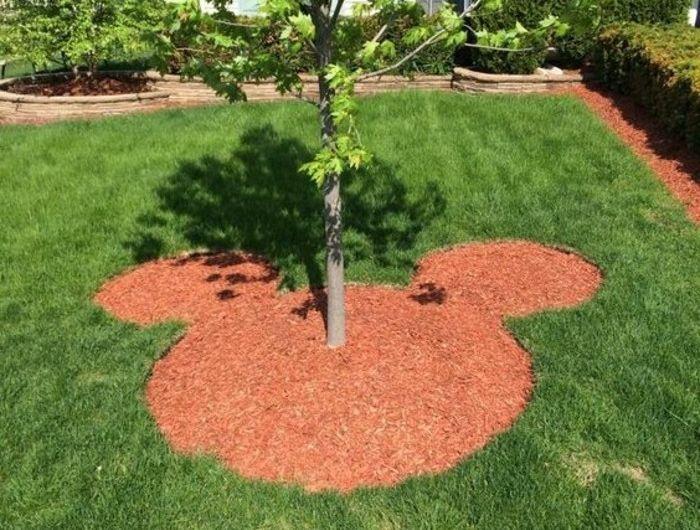Décoration Disney dans le jardin. Plus de 100 photos pour ...