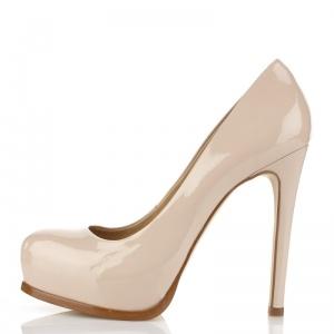 nude heels- must
