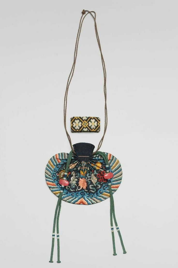 Purse for man's court belt (shou) Chinese, Qing dynasty, 1870–80