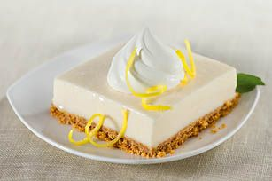 Frozen Lemonade Squares- awesome no-bake recipe for summer! I love using limeade!