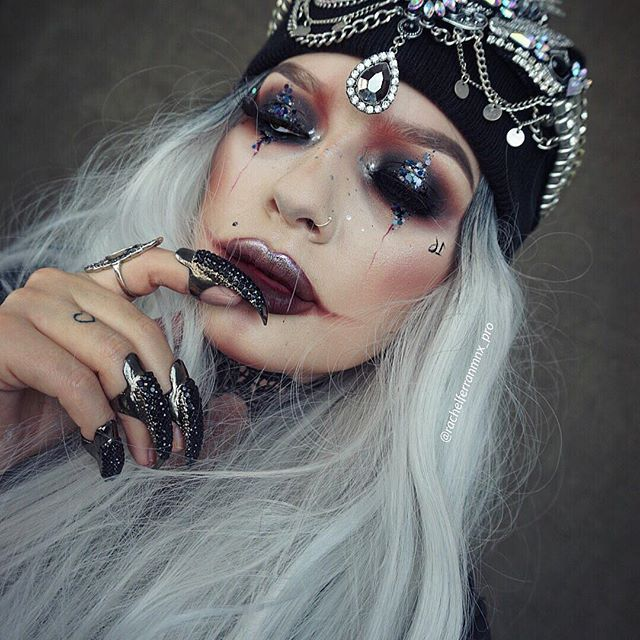 HALLOWEEN QUEEN  Featuring the NEW LIMECRIME VELVETINE SHADE: #bloodmoon ______________________________________ I absolutely love this Halloween look! I don't want to take it off! It's kinda reminding of by brokelles gypsy look in way! But I started with the theme ghetto and here we are ✨ I've filmed a tutorial for you all which should be up Thursday fingers crossed! Please feel free to share and tag friends! All product deets will be on my YouTube ✨ _____________________________ @a...