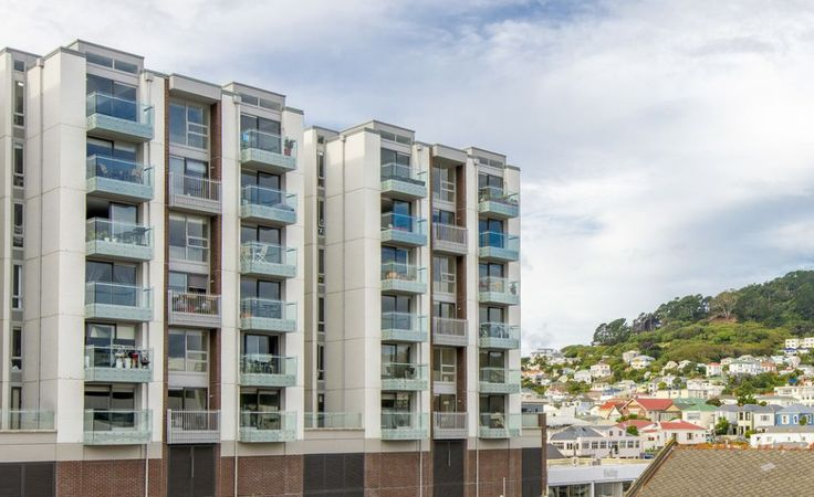 """Located in the centre of Wellington city, but still close to nature - Republic has it all! The bets of both worlds for sure. John Kettle, Wellington Real Estate Agent - Apartment Specialist, """"AT HOME in the City."""""""