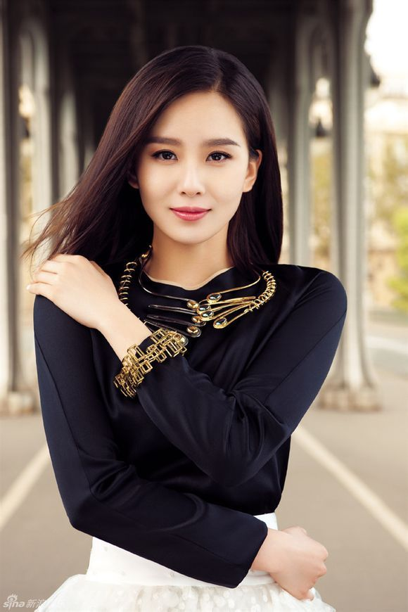 Liu Shi Shi Models Chic Fall Fashions While Attending the 2013 Paris Shows | A Koala's Playground