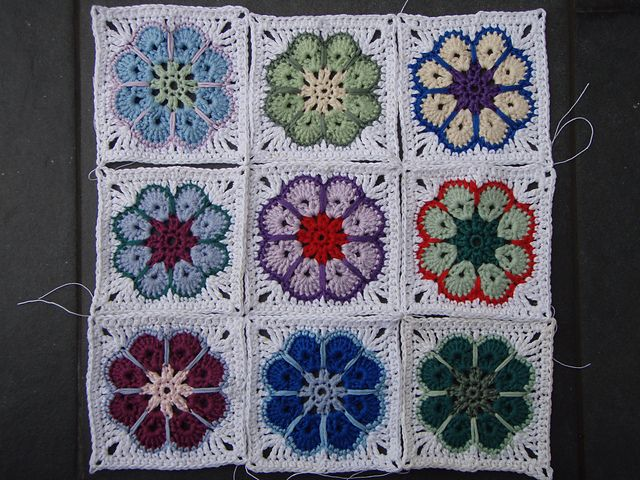"""granny square """"Somalia"""": Crochet Blankets, Squares Patterns, Somalia Granny, Crochet Granny, Squares Somalia, Crochet Afghans, Granny Squares, Elizzza Wetsch, Crochet Knits"""