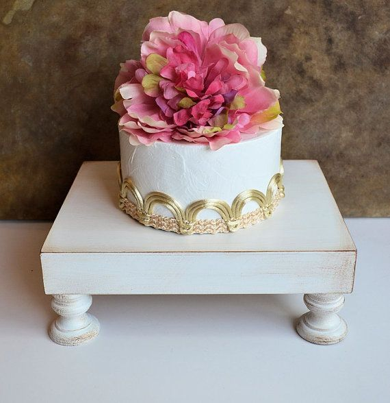 Wedding cake stand stand cupcake... piédestal de gâteau par SkyeArt