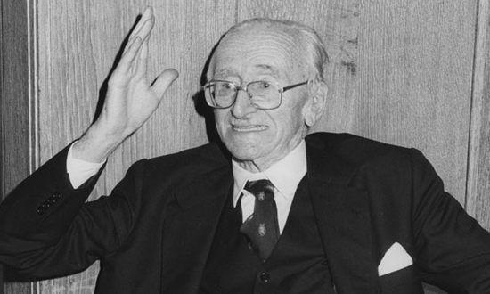 """Così l'Europa può uscire dalla """"trappola di Hayek"""""""