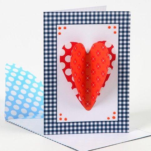 12728 Een kaart met een 3D hart