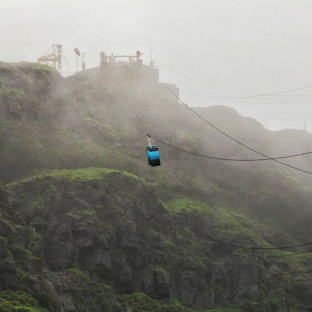 Cable car to Raigad fort. #monsoon #Raigad #clouds #ropeway #mountain #canon60d by bhushane
