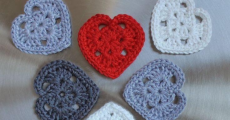Ik heb niks met Valentijnsdag, maar hartjes vind ik wel leuk. Ik heb een aantal patronen van kleine hartjes geprobeerd. Deze vond ik het mak...