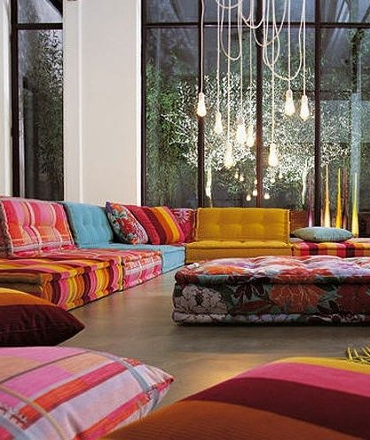 Moroccan Decor. OMG!!!!!! I always dreamed of a room like this! This is literally what I have pictured in my mind as a dream room I wanted to have some day! I am part Moroccan!! But I'm so white!?