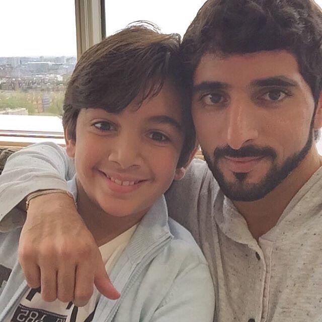 Mohammed bin Rashid bin Mohammed Al Maktoum con su tío, Hamdan bin Mohammed bin Rashid Al Maktoum, 04/2016