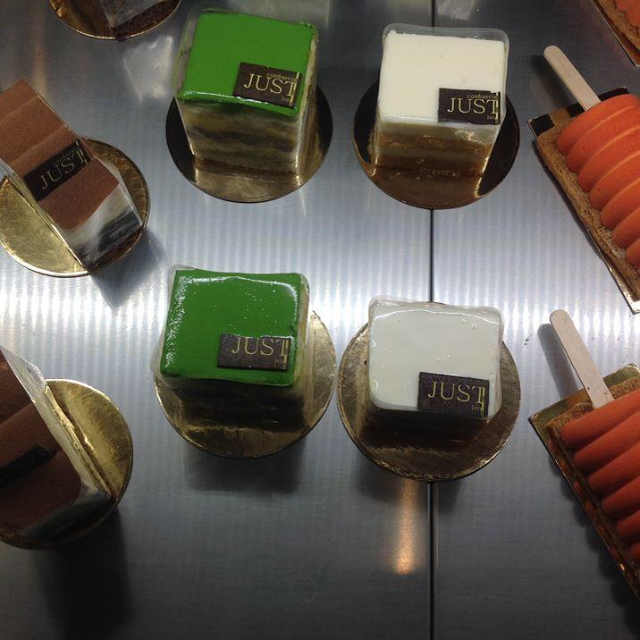 Десерты божественные. Десерты нежные и изысканные. #Dessert #coffee #cafe #exquisite #dessertdelicacy #delicious #cafelover #café #cafetería #cafelife #cafe #deliciousdesserts #coffeetime #coffeelike #dessertlover #dessertpics #followme #зробленоульвові #зробленовукрaїні #десерты #кофе #кава #instaplus.me