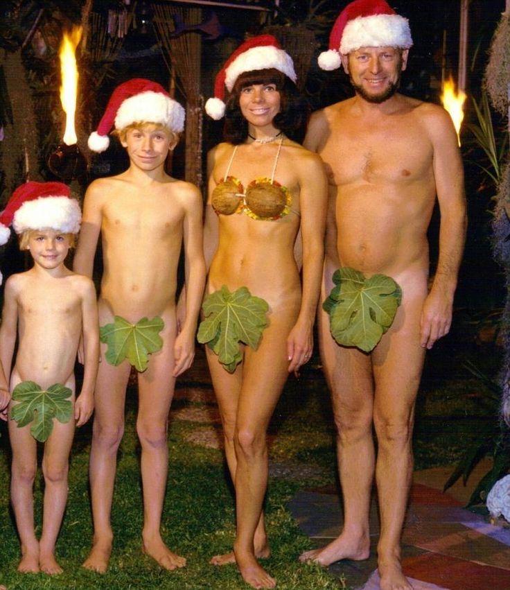 Смешные новогодние. Практически во всех странах мира заведено в Рождество или Новый год делать семейные фотографии, но не многие из семей могу делать это правильно, что бы не выглядеть смешным. В нашем мире изобретательныеПодробнее...