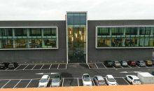 Wauw.... wat een prachtig gebouw is de nieuwbouw van ECS geworden. Hercuton heeft het kantoorgebouw met opslagruimte turn-key gerealiseerd.