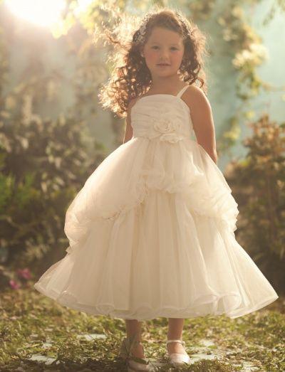 Damas de Honra inspiradas nas Princesas Disney. Alfred Angelo. Branca de Neve
