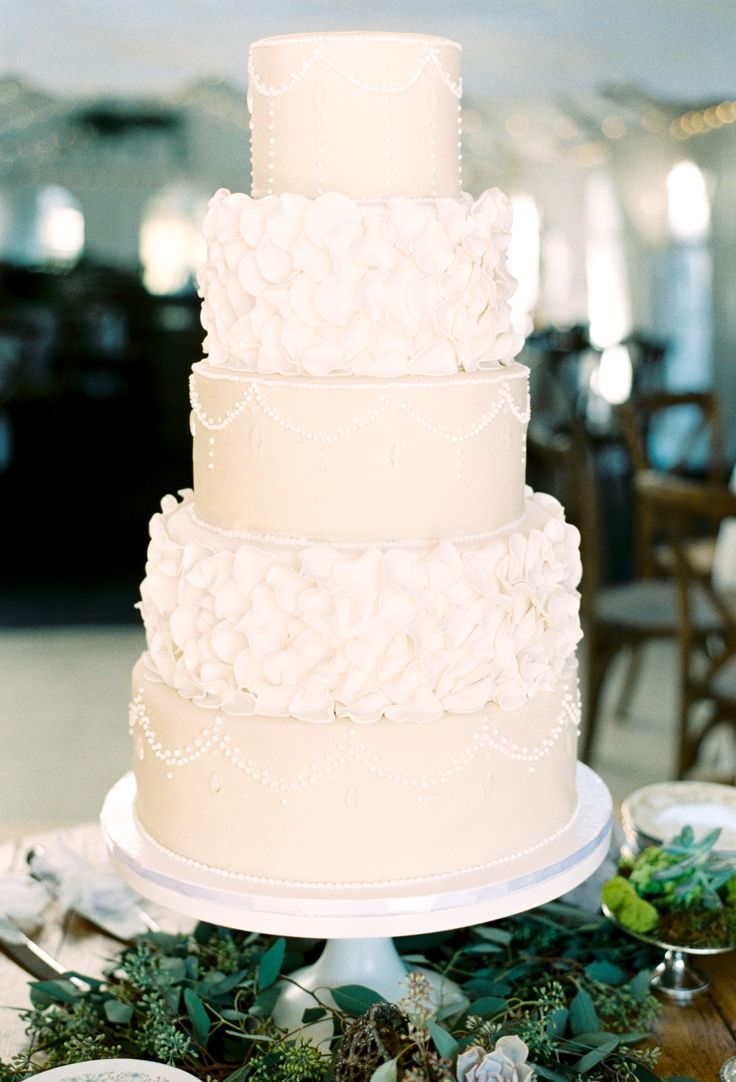 Best Wedding Cakes Images On Pinterest The Pink Wedding