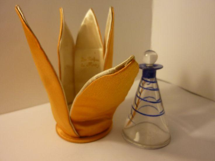 """Flacon en Cristal de Baccarat Parfum """"Mury"""" - La Licorne Antiquités"""