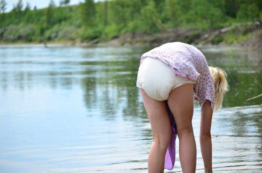 image Snibb diaper on an english girl