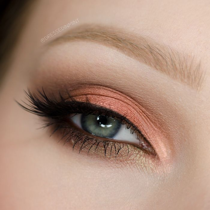 Peachy perfection by Dressed-in-mint! She used Makeup Geek Eyeshadows in I'm Peachless (duochrome), Ritzy, and Roulette.