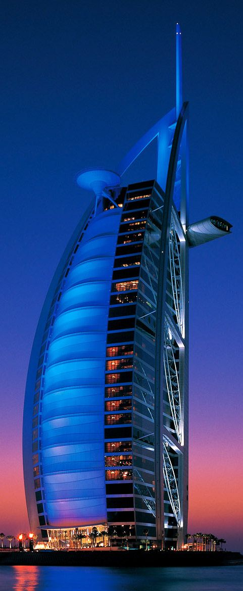 Burj Al Arab, Dubai designed by Tom Wright  of W.S. Atkins & Partners Architects :: 60 floors, height 322m