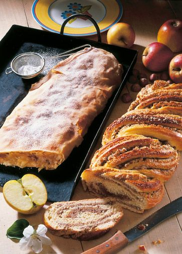 Nusszopf und Apfelstrudel - find German recipes in English @ www.mybestgermanrecipes.com