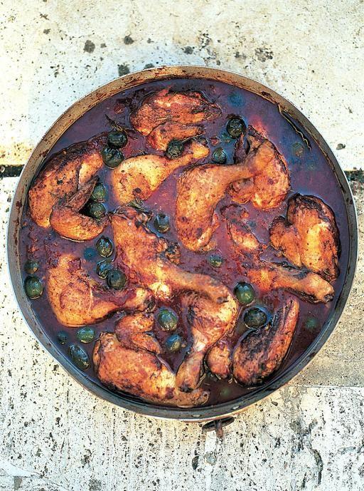 Hunter's Chicken Stew (Pollo alla cacciatore) Heart Italian classic with a delicious red wine sauce
