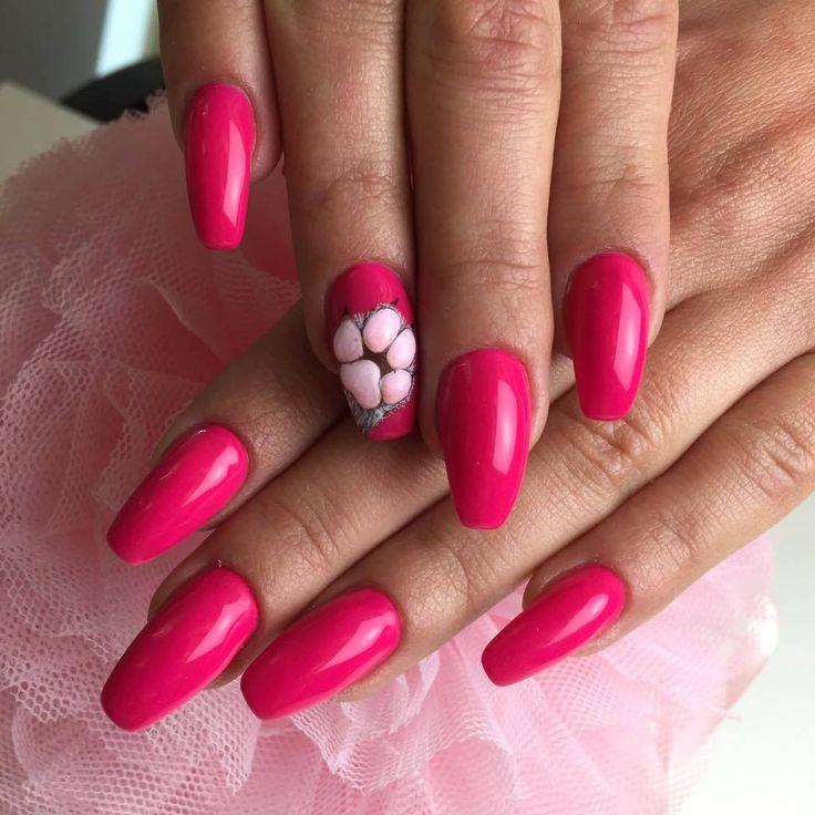 Lady Lion Gel Polish by Sonia Bąk, Indigo Young Team #nails #nail #indigo #indigonails #pinknails #pink #sexynails #nailsart #sexy #cat