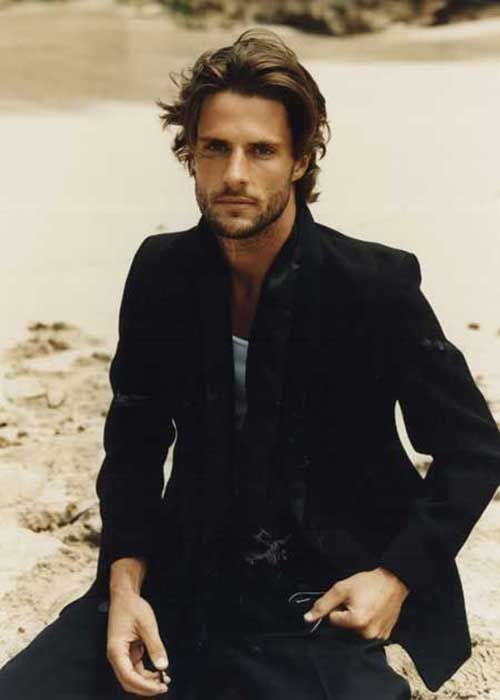 Fashionable Mens Haircuts. : 16.Mid Length Hairstyles for Men