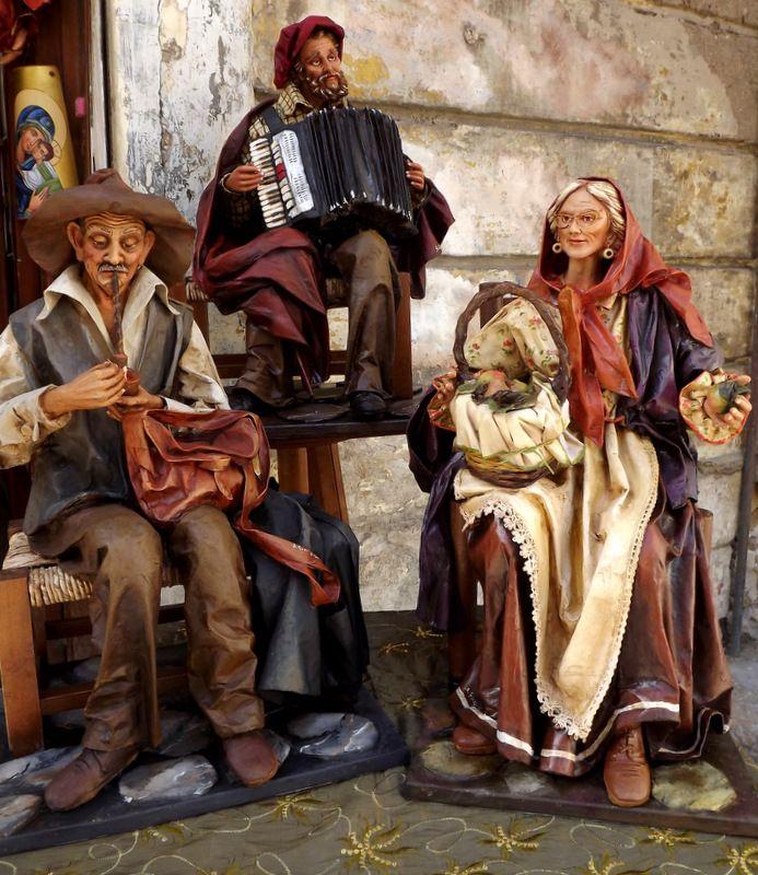 sculture in cartapesta leccese