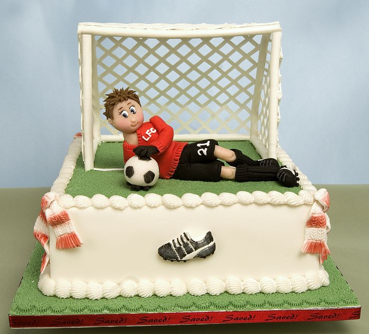 Football cake, great idea for boys' or older gentlemans' birthdays  http://www.karendaviescakes.co.uk/search/?qry=football