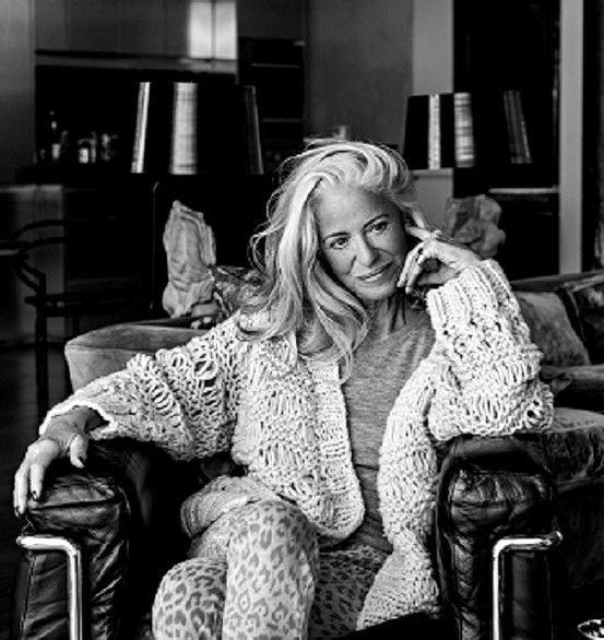 die besten 25 reife damen ideen auf pinterest frisuren f r reife damen advanced hair und. Black Bedroom Furniture Sets. Home Design Ideas