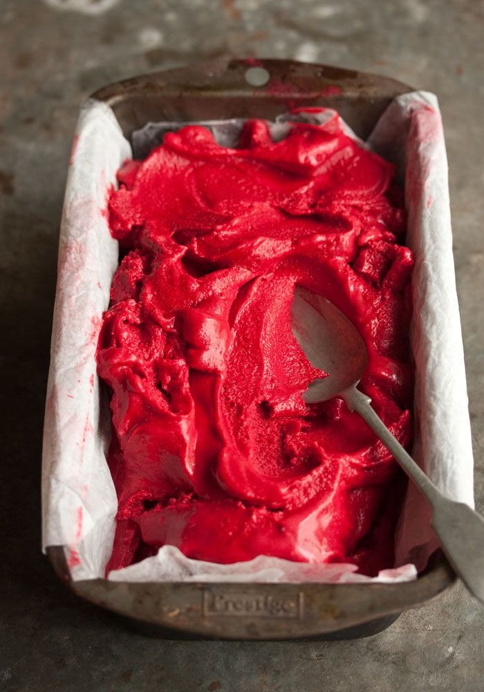Red Velvet Cake Ice Cream Recipe: Sweet, Ice Cream Recipes, Food, Cakes Ice, Red Velvet Cupcake, Velvet Ice, Redvelvet, Icecream, Red Velvet Cakes