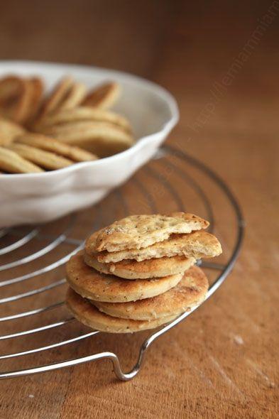 Crackers à la fleur de sel pour l'apéro ou juste pour le plaisir de grignoter