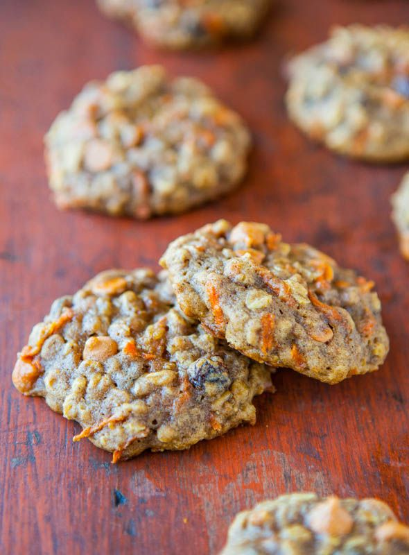 Soft & Chewy Spiced Carrot Cake Cookies - Tons of texture & so moist with zero cakiness. Eat your vegetables by way of healthy cookies!