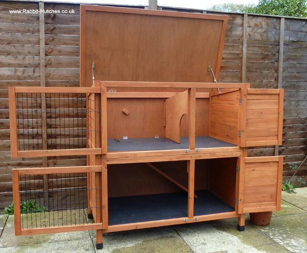 The Double Rabbit Hutch - all doors including those on the sleeping compartments open outwards for & 25+ best ideas about Double rabbit hutch on Pinterest | Rabbit ... Pezcame.Com