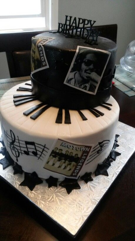 I really do love making cakes Motown cake made by me
